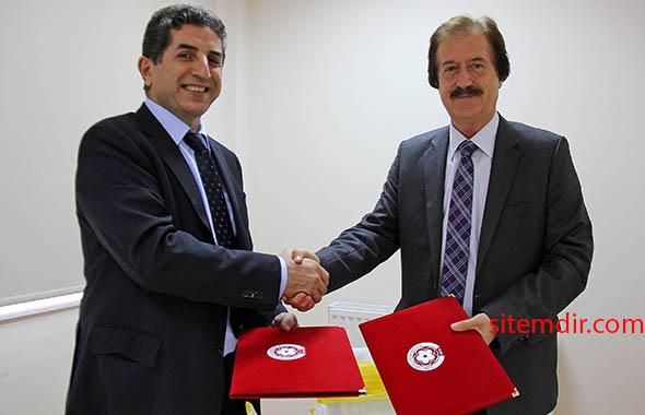 orhan örnek Cumhuriyet Üniversitesi Rektörü Prof. Dr. Faruk Kocacık