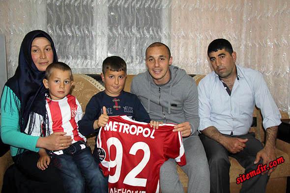 Sivassporlu Aatif Chahechouhe